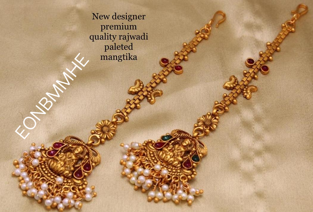 Golden Gold Toned Stone Studded Choker Necklace,Earrings,Ring,Mangtika Temple Jewelry Set For Women WeddingParty Wear Necklace Jewelry Set