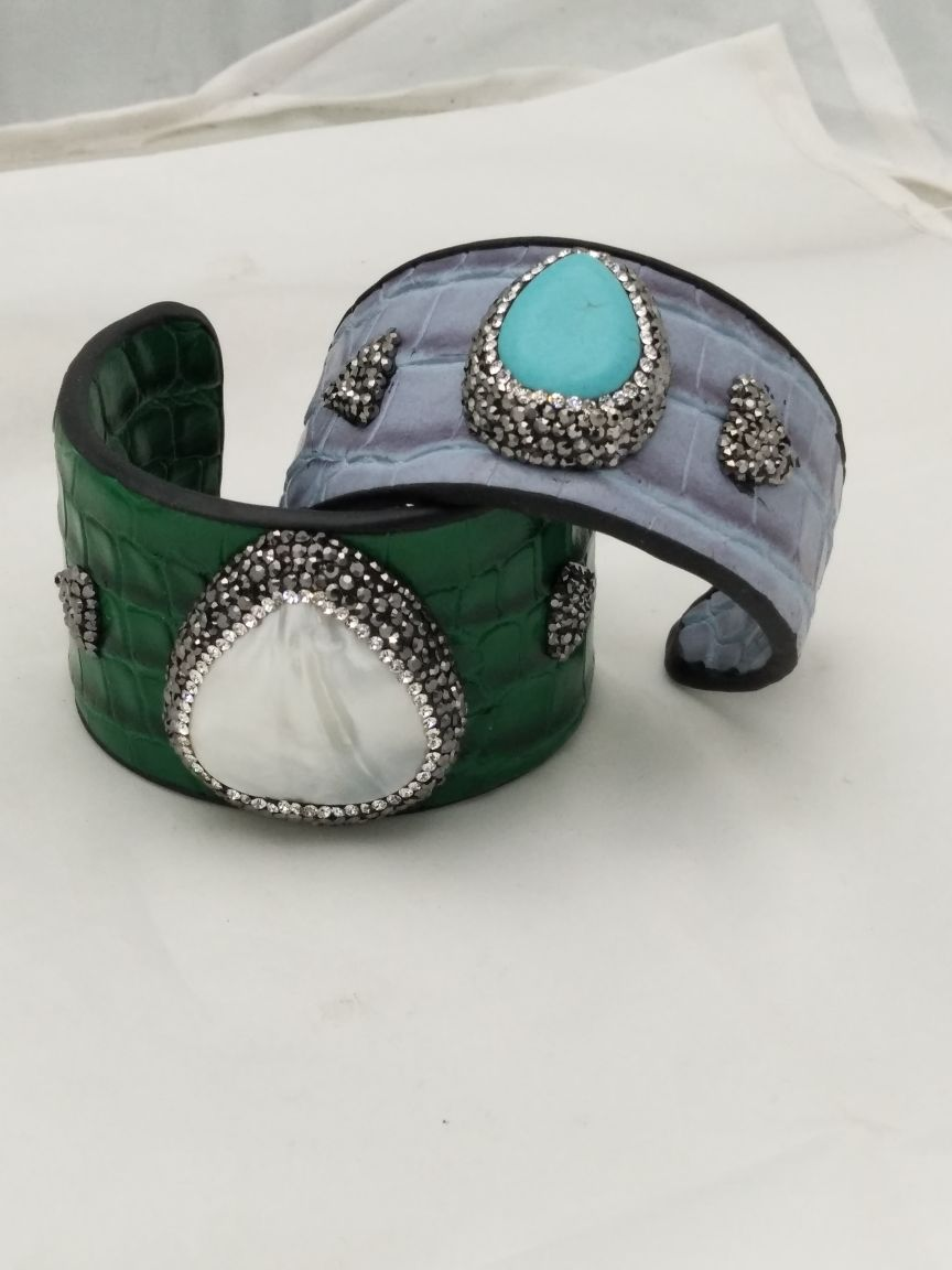 WESTERN FASHION BANGLE